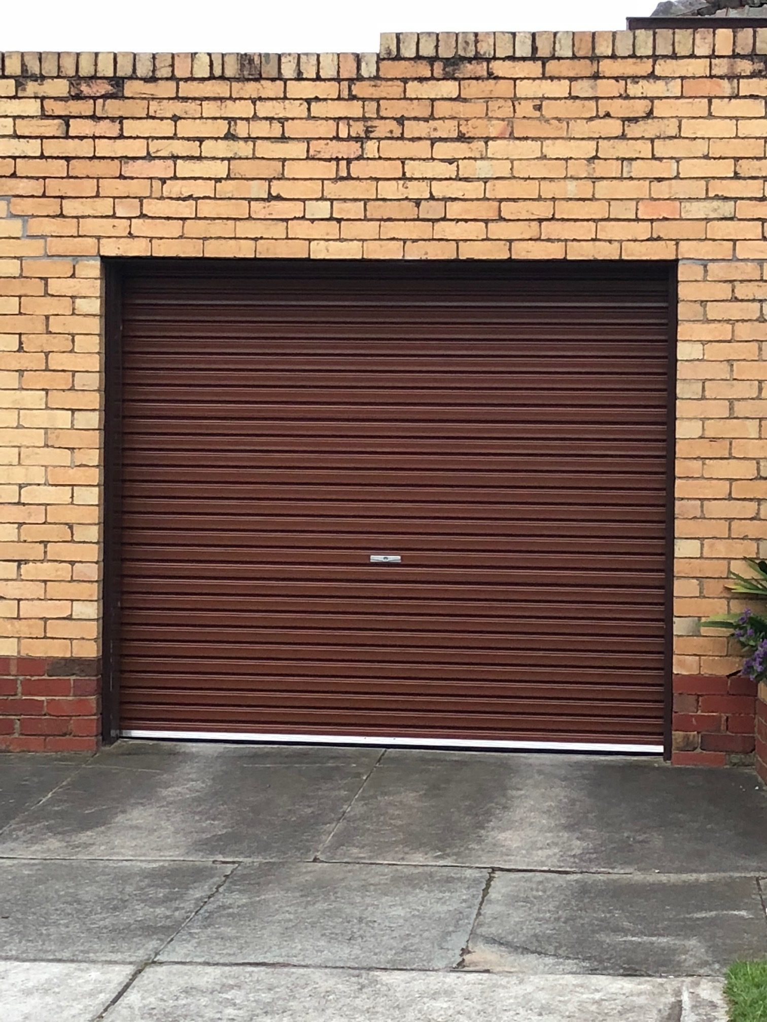 La Bayside Gates And Garage Doors Roller Door Install In